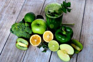 Hamilton Beach Personal Blender Review - detox with leafy green juice