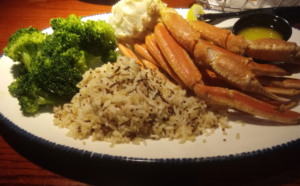 Black+Decker TO1313SBD Toaster Oven Review - rice, vegetables and crab legs